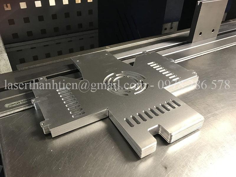 Khái niệm và ưu điểm của gia công cắt laser kim loại