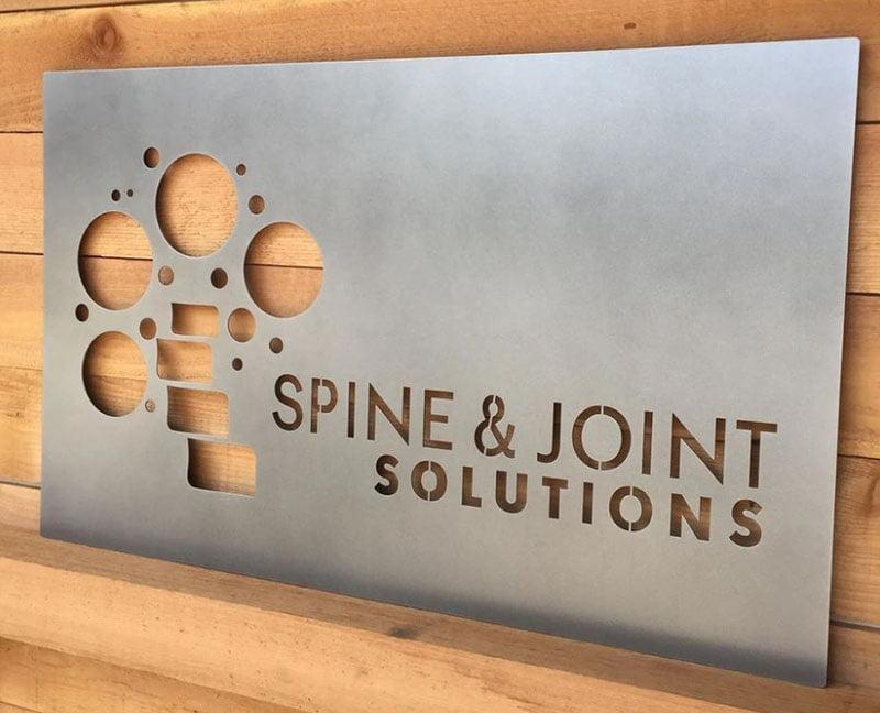 Cắt chữ laser kim loại thép theo yêu cầu khách hàng