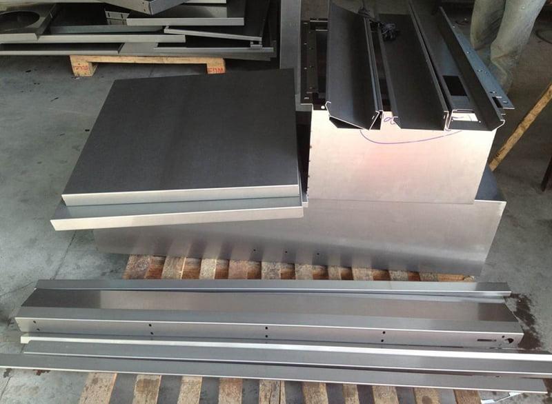 Gia công chấn gấp chi tiết inox 201x1.2mm
