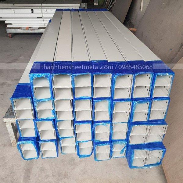 Sản xuất máng cáp sơn tĩnh điện 150x100x1.0 theo yêu cầu