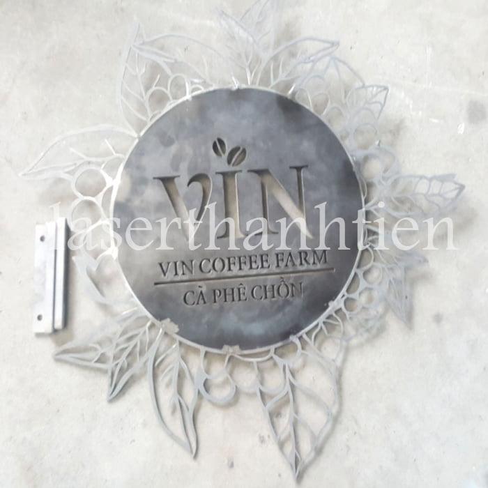 Cắt chữ logo biển hiệu quảng cáo Vin Coffee Farm