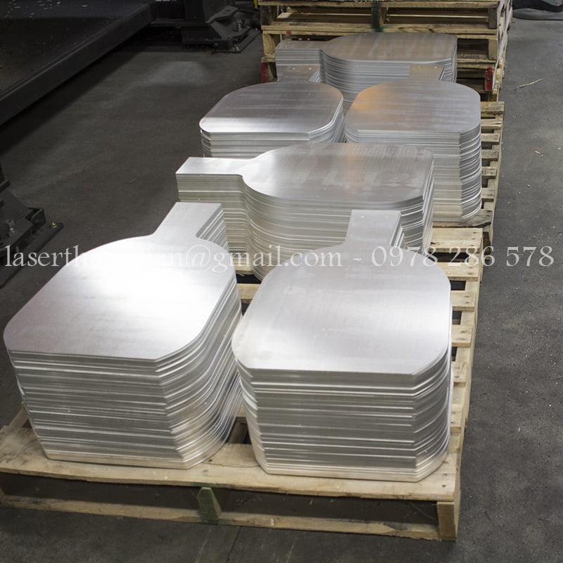 Gia công cắt laser inox Hà Nội theo yêu cầu khách hàng
