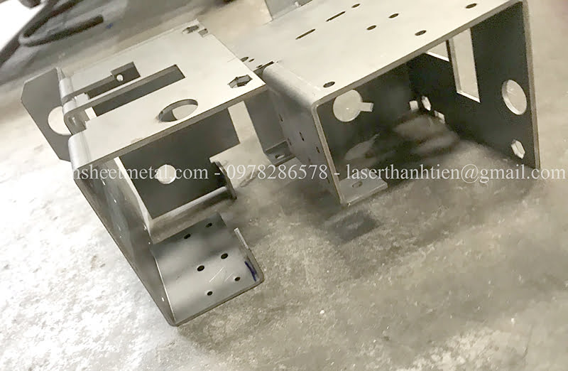 Gia công cắt laser chi tiết sản phẩm kim loại tấm Hà Nội