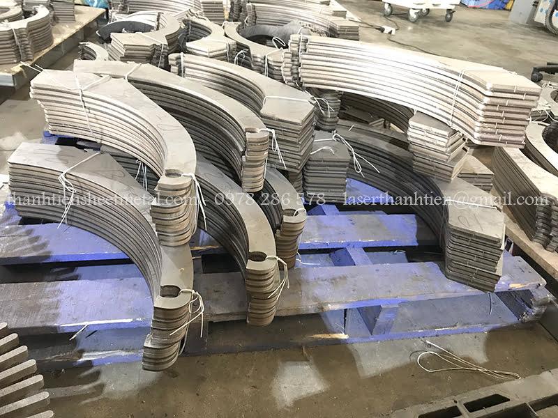 Gia công cắt Laser kim loại dày theo yêu cầu khách hàng