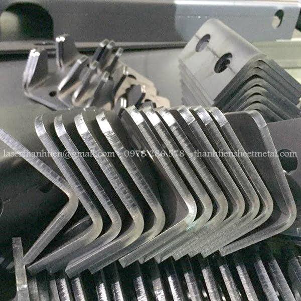 gia-cong-cat-laser-kim-loai-6