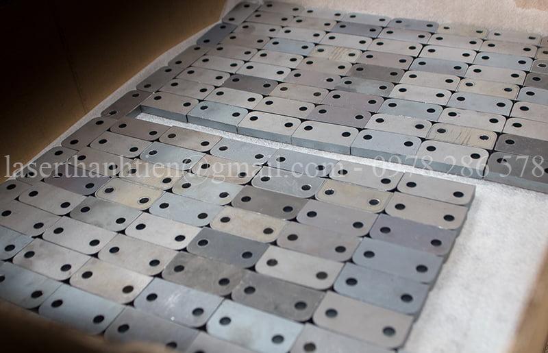 Dịch vụ gia công cắt laser kim loại theo yêu cầu tại Hà Nội