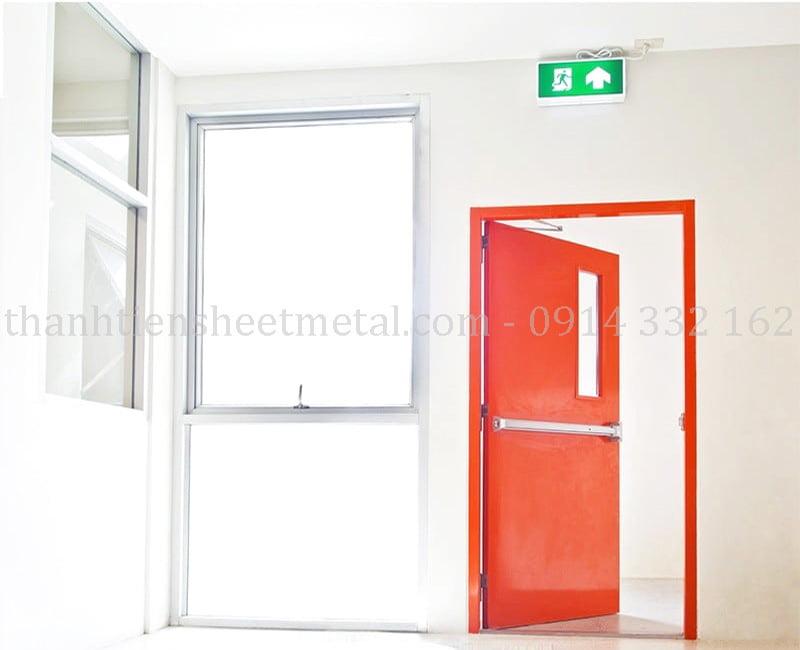 Sản xuất cửa thoát hiểm chống cháy chung cư chất lượng cao