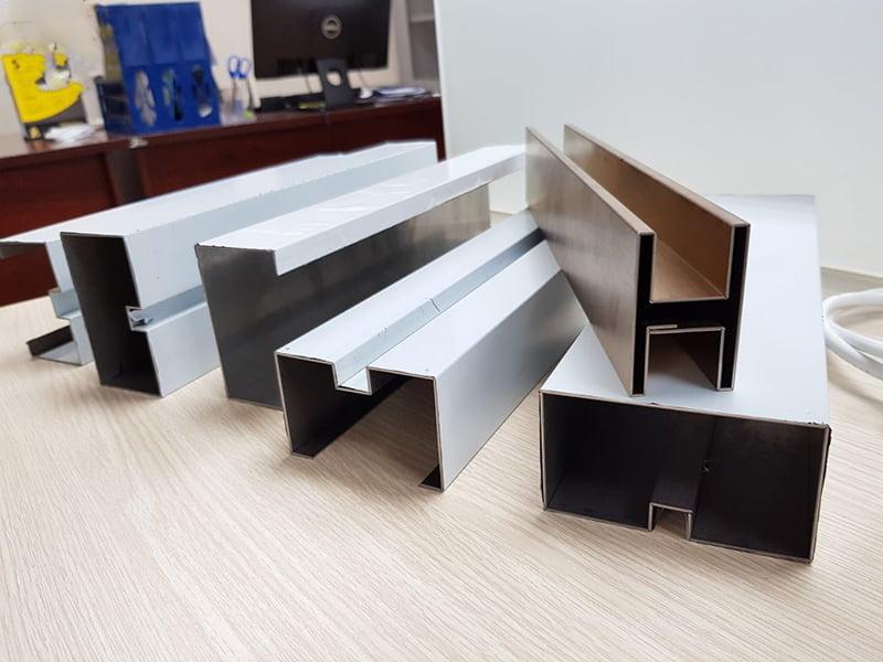 Soi rãnh kim loại Hà Nội giá rẻ theo yêu cầu khách hàng