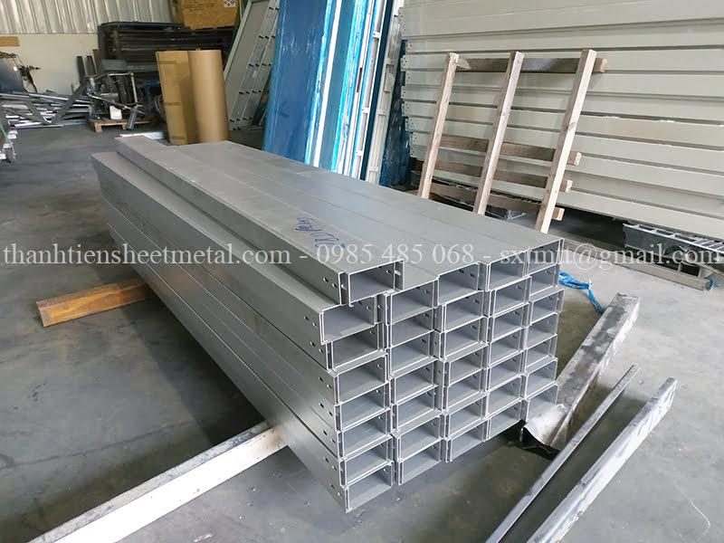 Địa chỉ sản xuất máng cáp điện giá rẻ tại Hà Nội theo yêu cầu