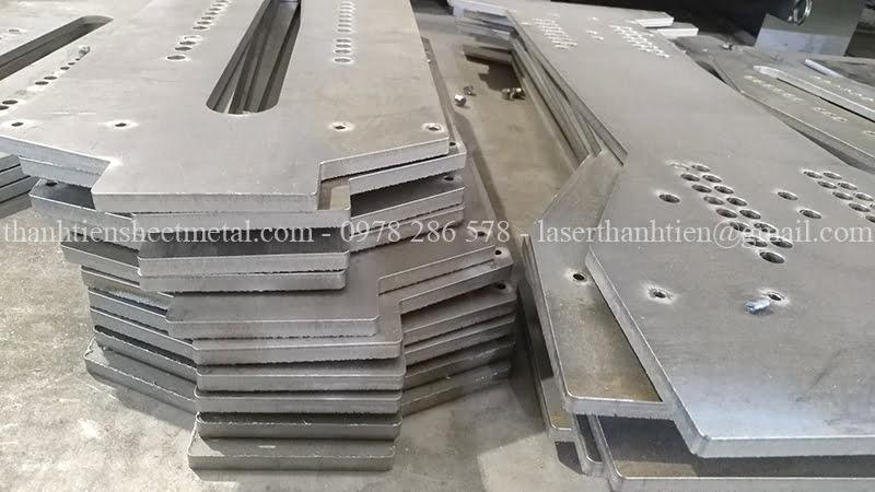 Xưởng cắt laser kim loại theo yêu cầu tại Hà Nội