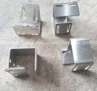 Gia công chi tiết sản phẩm Inox 304x2mm theo yêu cầu khách hàng